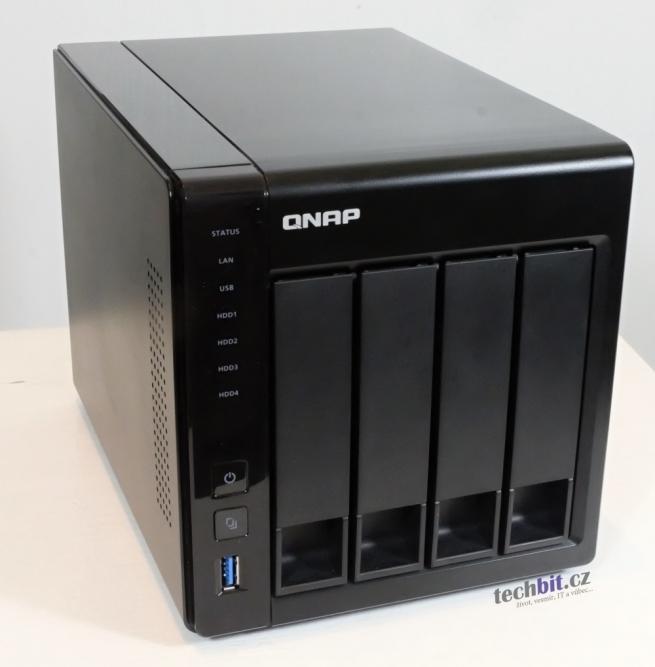 QNAP TS-451+