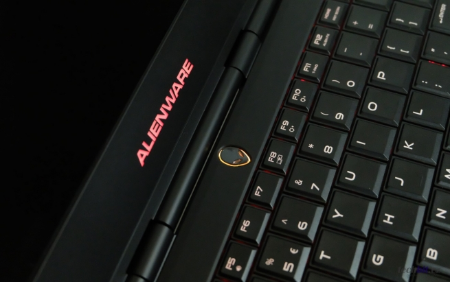 DELL Alienware 13 R2